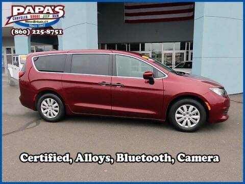 2019 Chrysler Pacifica for sale at Papas Chrysler Dodge Jeep Ram in New Britain CT