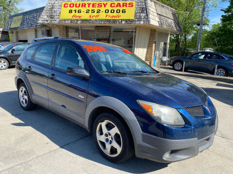 2003 Pontiac Vibe for sale at Courtesy Cars in Independence MO