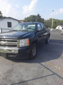 2007 Chevrolet Silverado 1500 for sale at Bates Auto & Truck Center in Zanesville OH