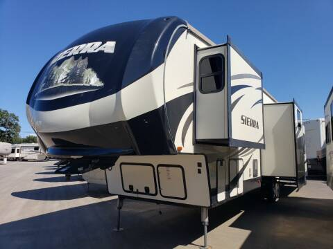 2017 Forest River Sierra 371REBH for sale at Ultimate RV in White Settlement TX