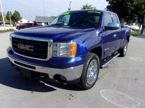 2010 GMC Sierra 1500 for sale at Ideal Auto Sales, Inc. in Waukesha WI