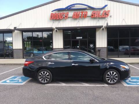 2017 Nissan Altima for sale at DOUG'S AUTO SALES INC in Pleasant View TN