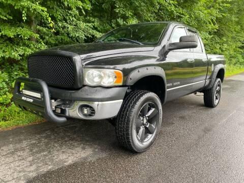 2004 Dodge Ram Pickup 1500 for sale at Lenoir Auto in Lenoir NC