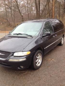 2000 Chrysler Town and Country for sale at Coz Motors in Morley MI