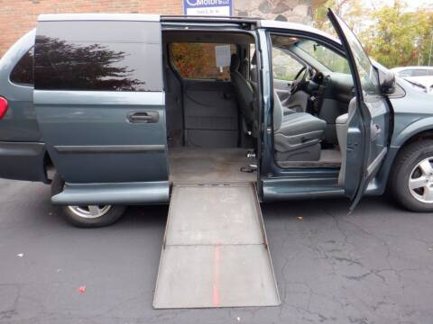 2006 Dodge Grand Caravan for sale at Mobility Motors LLC - A Wheelchair Van in Battle Creek MI