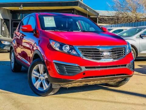 2013 Kia Sportage for sale at MAGNA CUM LAUDE AUTO COMPANY in Lubbock TX