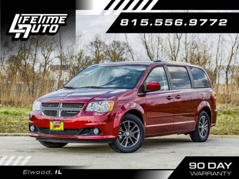 2017 Dodge Grand Caravan for sale at Lifetime Auto in Elwood IL