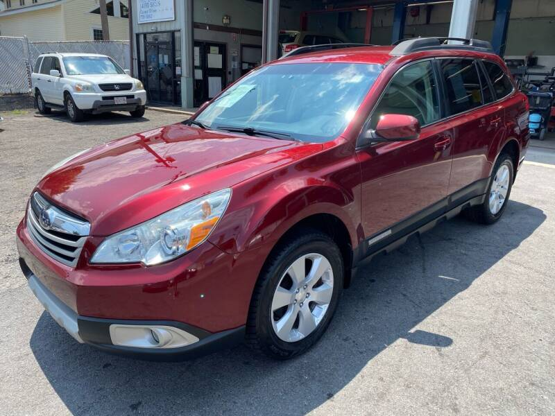2011 Subaru Outback for sale at Independent Auto Sales in Pawtucket RI
