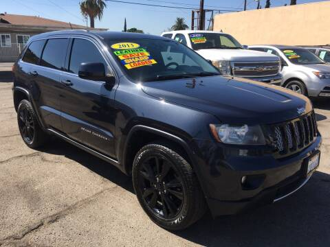 2013 Jeep Grand Cherokee for sale at JR'S AUTO SALES in Pacoima CA