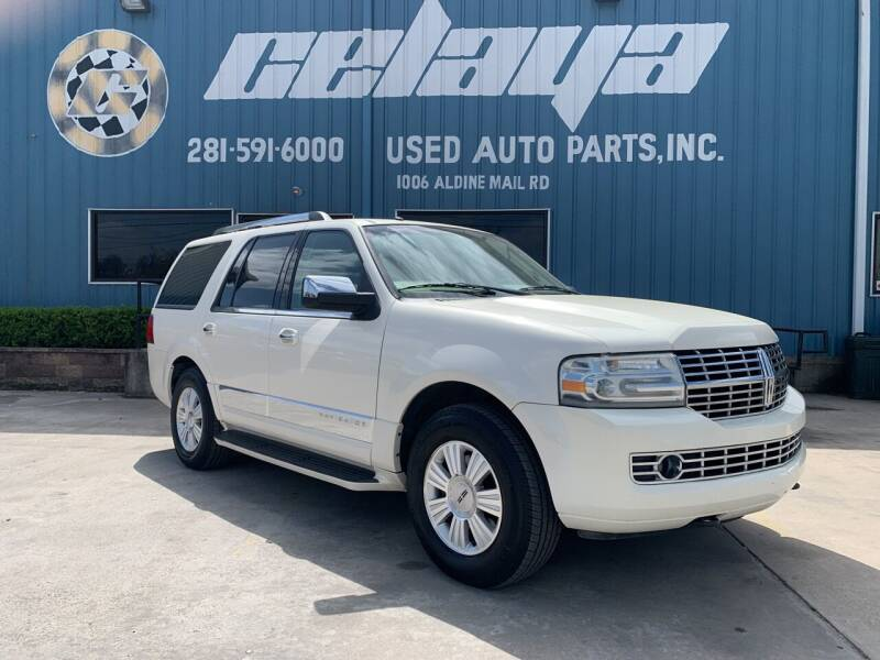 2008 Lincoln Navigator for sale at CELAYA AUTO SALES INC in Houston TX