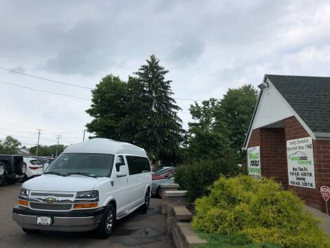 2010 Chevrolet Express Passenger for sale at Direct Sales & Leasing in Youngstown OH