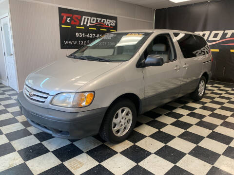 2001 Toyota Sienna for sale at T & S Motors in Ardmore TN