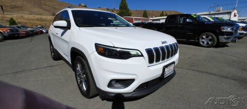 2019 Jeep Cherokee for sale at Guy Strohmeiers Auto Center in Lakeport CA