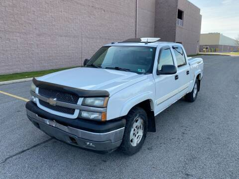 2005 Chevrolet Silverado 1500 for sale at JE Autoworks LLC in Willoughby OH
