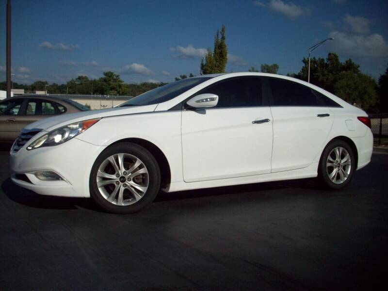 2011 Hyundai Sonata for sale at Whitney Motor CO in Merriam KS