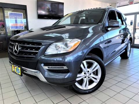 2015 Mercedes-Benz M-Class for sale at SAINT CHARLES MOTORCARS in Saint Charles IL