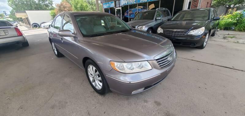 2007 Hyundai Azera for sale at Divine Auto Sales LLC in Omaha NE
