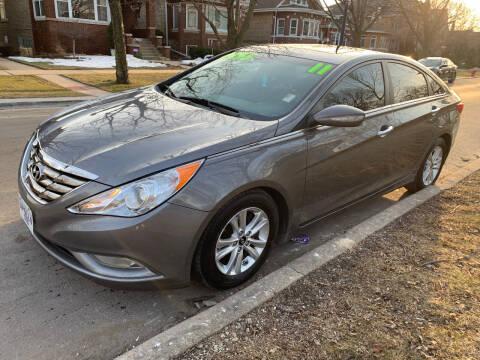 2011 Hyundai Sonata for sale at Apollo Motors INC in Chicago IL