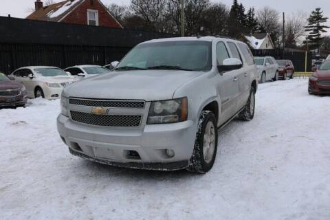2010 Chevrolet Suburban for sale at F & M AUTO SALES in Detroit MI