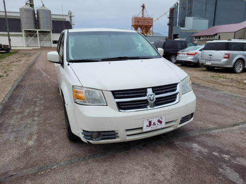 2008 Dodge Grand Caravan for sale at J & S Auto Sales in Thompson ND