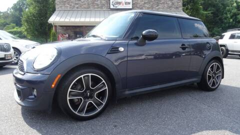 2013 MINI Hardtop for sale at Driven Pre-Owned in Lenoir NC
