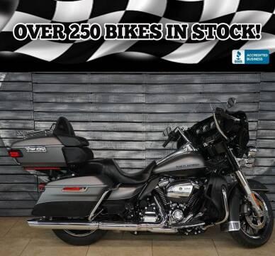 2017 Harley-Davidson Electra Glide for sale at AZautorv.com in Mesa AZ