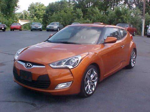 2015 Hyundai Veloster for sale at Bates Auto & Truck Center in Zanesville OH