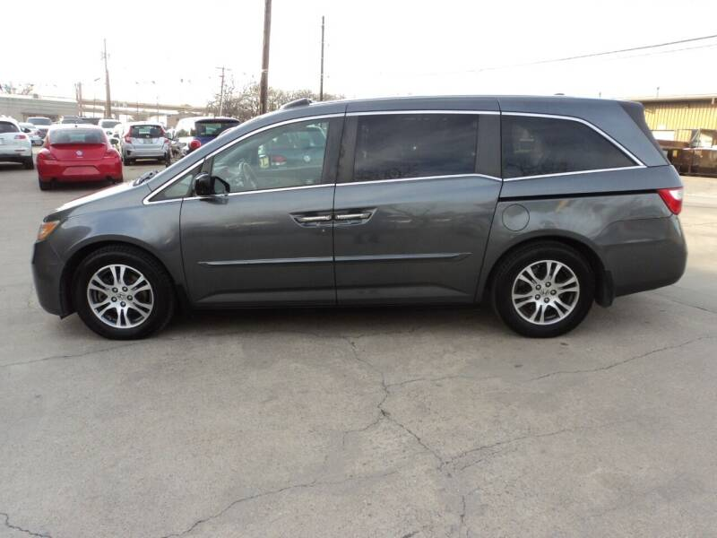 2011 Honda Odyssey for sale at SPORT CITY MOTORS in Dallas TX