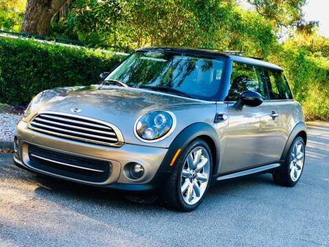2013 MINI Hardtop for sale at Sunshine Auto Sales in Oakland Park FL