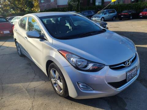 2013 Hyundai Elantra for sale at ROBLES MOTORS in San Jose CA
