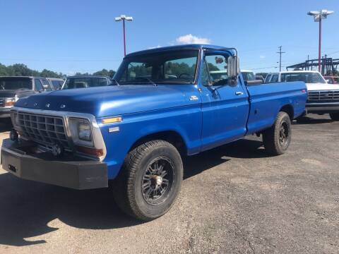 1979 Ford F-250 for sale at FIREBALL MOTORS LLC in Lowellville OH