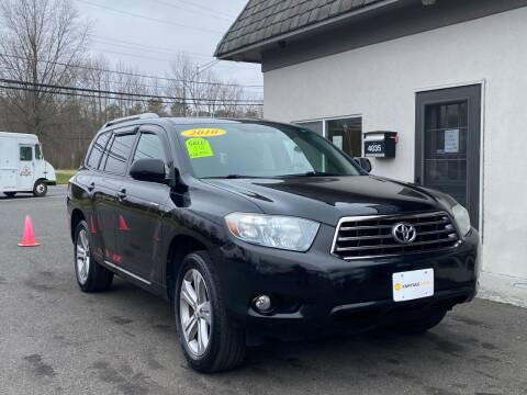 2010 Toyota Highlander for sale at Vantage Auto Group Tinton Falls in Tinton Falls NJ