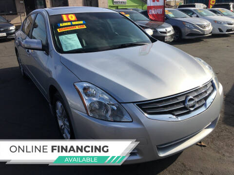 2010 Nissan Altima for sale at Super Cars Sales Inc #1 in Oakdale CA