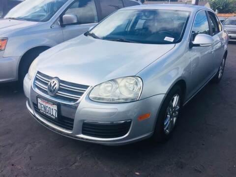 2007 Volkswagen Jetta for sale at Auto Max of Ventura in Ventura CA
