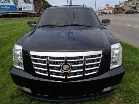 2010 Cadillac Escalade for sale at Ideal Cars in Hamilton OH