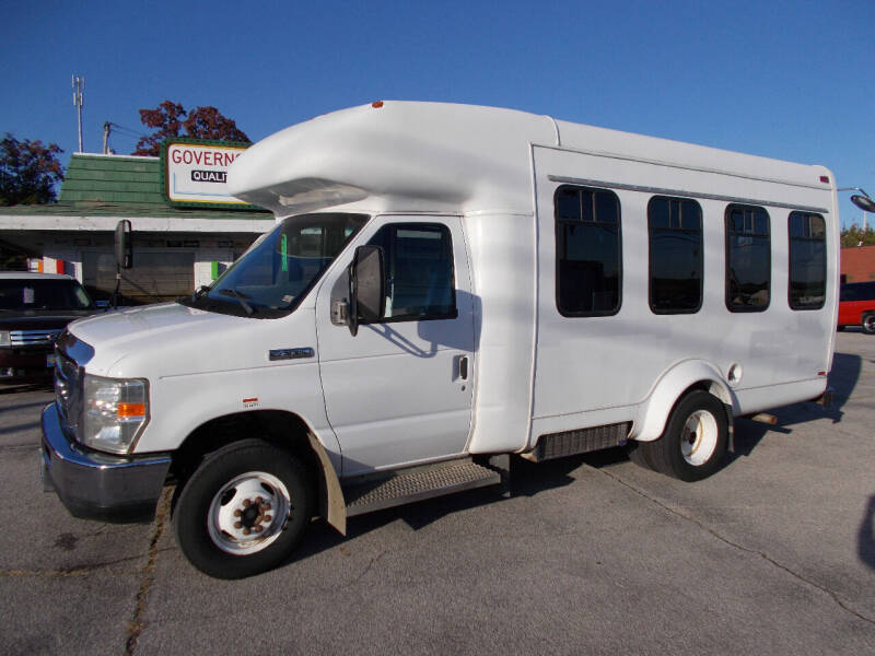 2008 Ford E-Series Chassis for sale at Governor Motor Co in Jefferson City MO