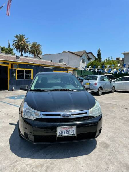 2008 Ford Focus for sale at FJ Auto Sales North Hollywood in North Hollywood CA