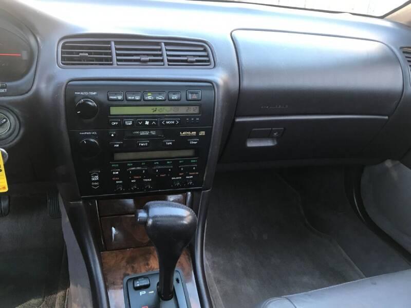 1995 Lexus ES 300 4dr Sedan - Charlotte NC
