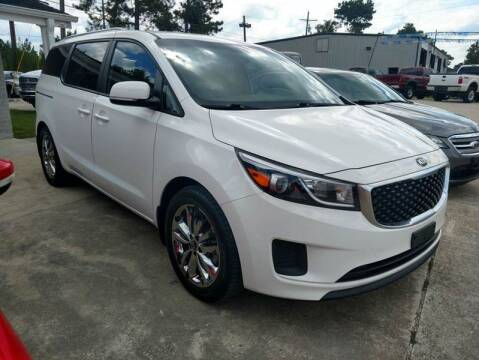 2016 Kia Sedona for sale at Lumberton Auto World LLC in Lumberton TX