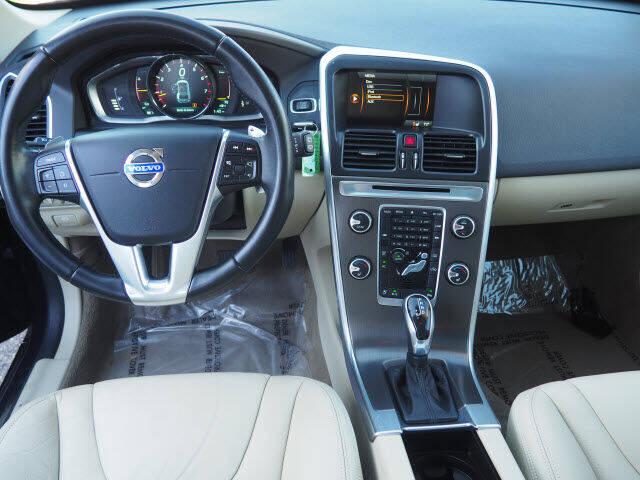 2014 Volvo XC60 AWD T6 4dr SUV - East Providence RI