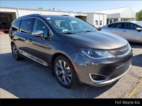 2017 Chrysler Pacifica for sale at BOB ROHRMAN FORT WAYNE TOYOTA in Fort Wayne IN