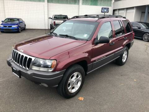 2001 Jeep Grand Cherokee for sale at Vista Auto Sales in Lakewood WA