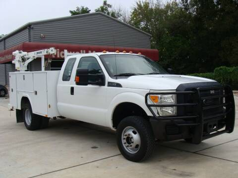 2015 Ford F-350 Super Duty for sale at TIDWELL MOTOR in Houston TX