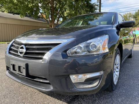 2015 Nissan Altima for sale at Falls City Motorsports in Louisville KY