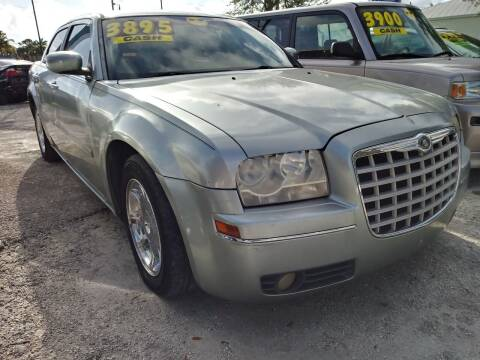2005 Chrysler 300 for sale at AFFORDABLE AUTO SALES OF STUART in Stuart FL