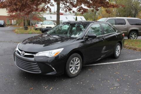 2015 Toyota Camry for sale at Auto Bahn Motors in Winchester VA
