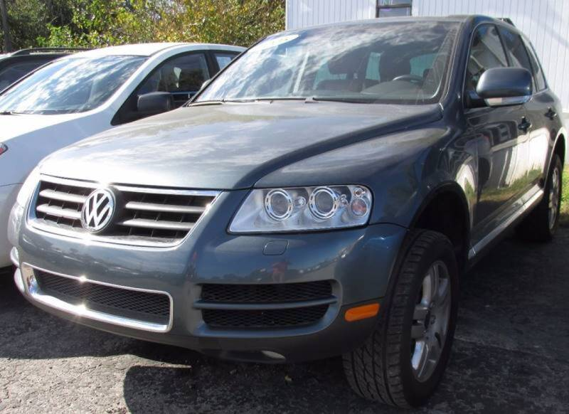 2005 Volkswagen Touareg for sale at Express Auto Sales in Lexington KY