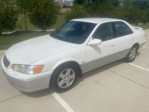 2001 Toyota Camry for sale at Cash Car Outlet in Mckinney TX