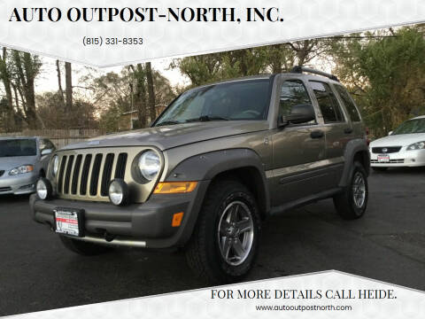 2005 Jeep Liberty for sale at Auto Outpost-North, Inc. in McHenry IL