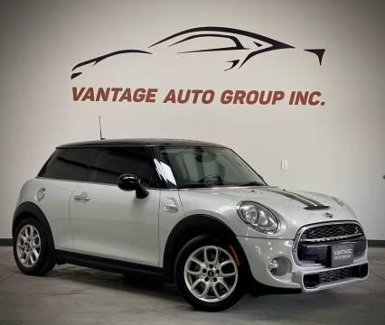 2015 MINI Hardtop 2 Door for sale at Vantage Auto Group Inc in Fresno CA
